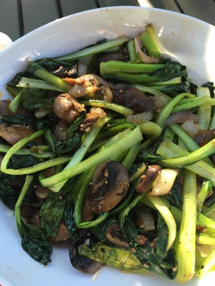 tat soi with spring onion mushroom