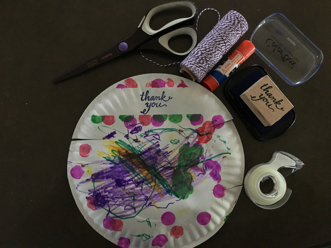 paper_plate_basket_DIY_3