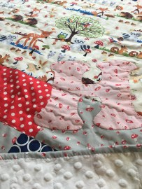 woodland themed quilt for baby girl H